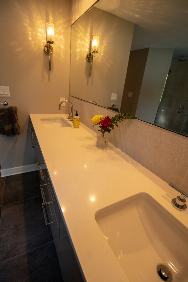 rsz_featured-plymouth-wholehouse-bathroom-2